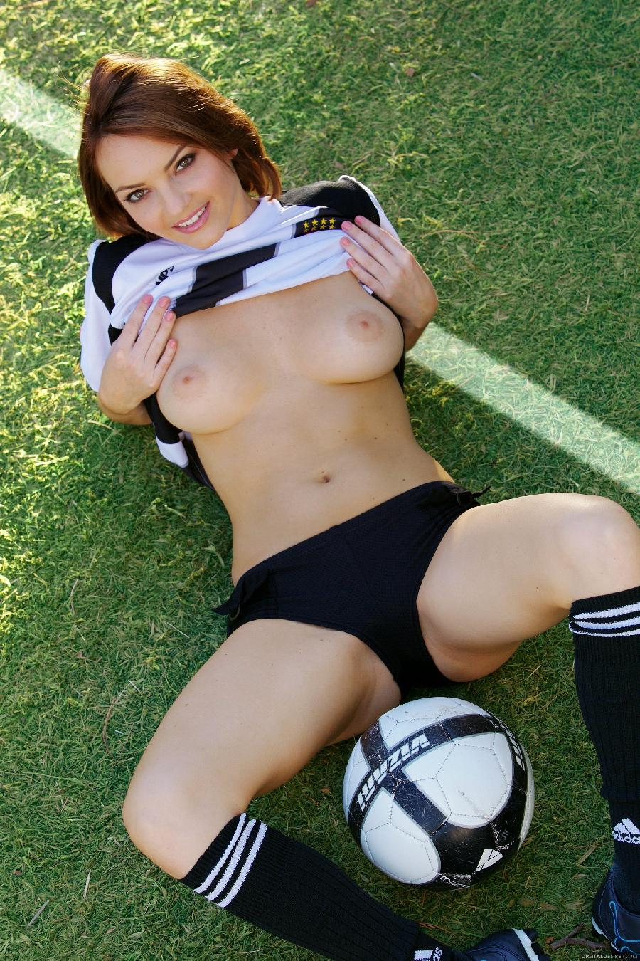 World Cup with gorgeous Dakota Rae - 4