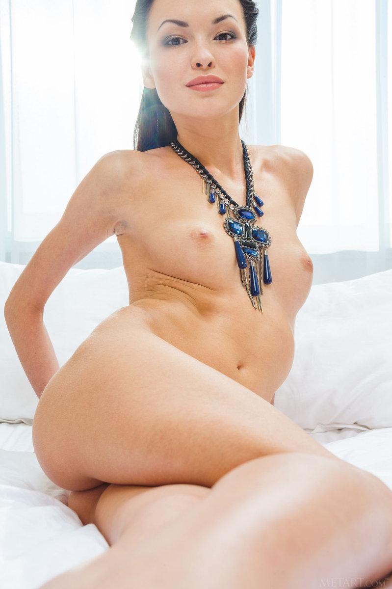 Skinny but sexy - Xola - 3