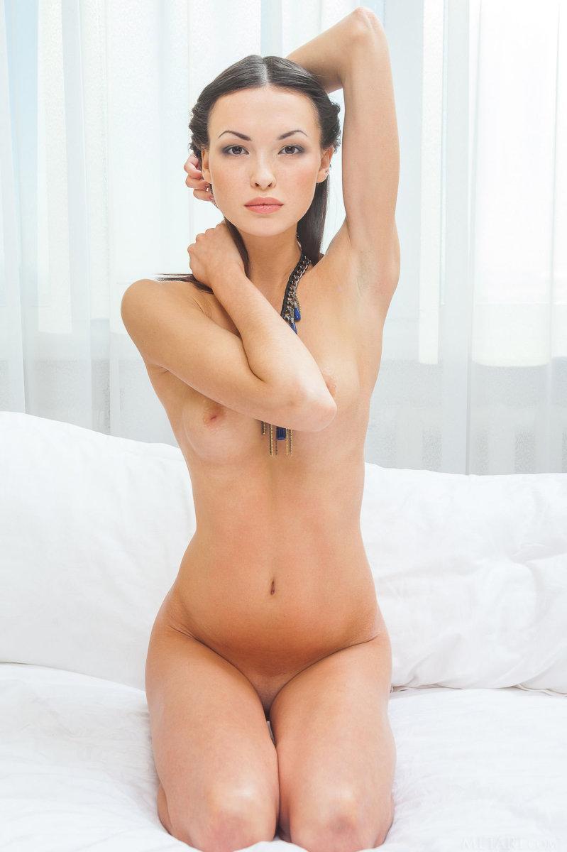 Skinny but sexy - Xola - 9