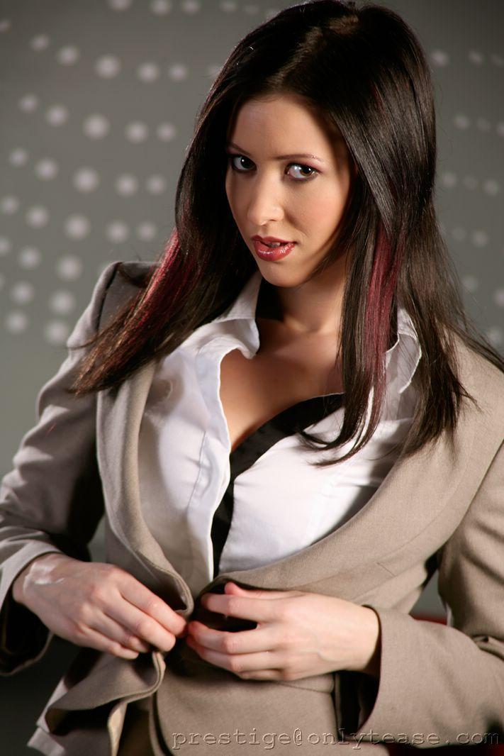 Carole is amazing businesswoman - 3