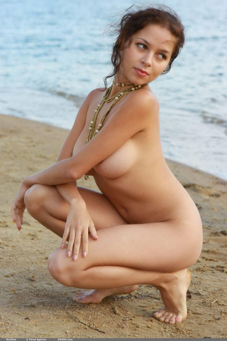 Naked girl with beautiful boobies - Nicolina - 19