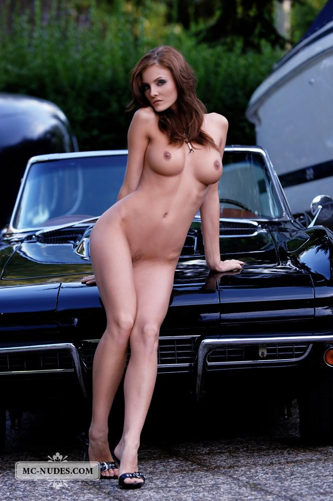 Hot and naked woman is posing on car hood - Linda L - 1