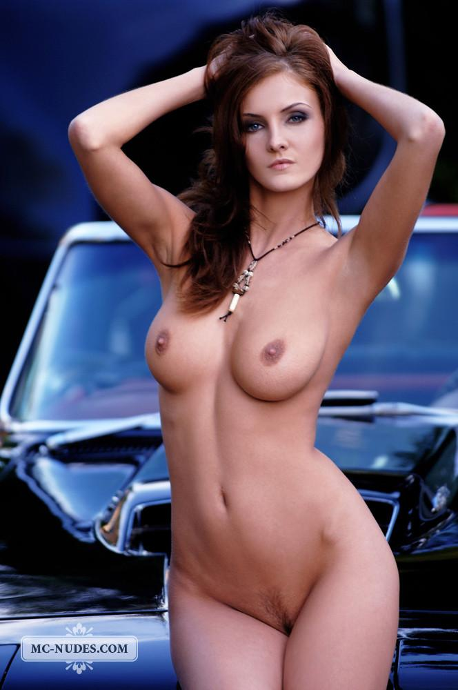 Hot and naked woman is posing on car hood - Linda L - 14