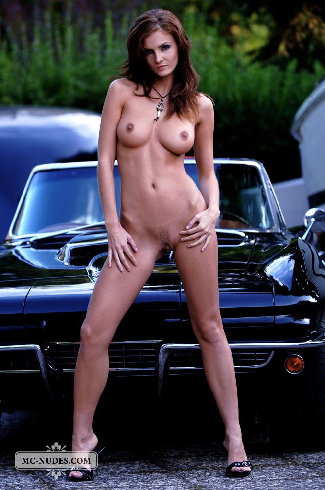 Hot and naked woman is posing on car hood - Linda L - 8