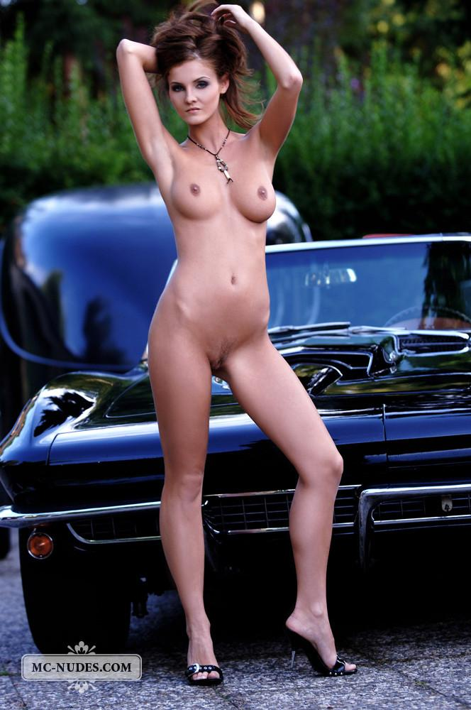 Hot and naked woman is posing on car hood - Linda L - 9