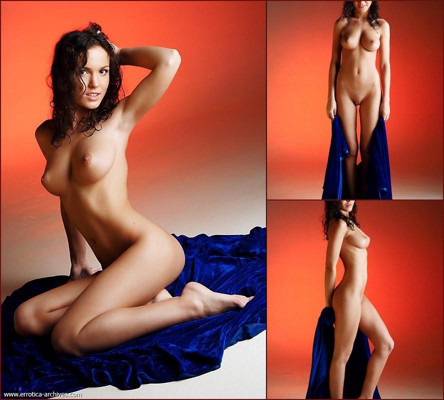 Naked beauty on blue towel - Oxana - 45