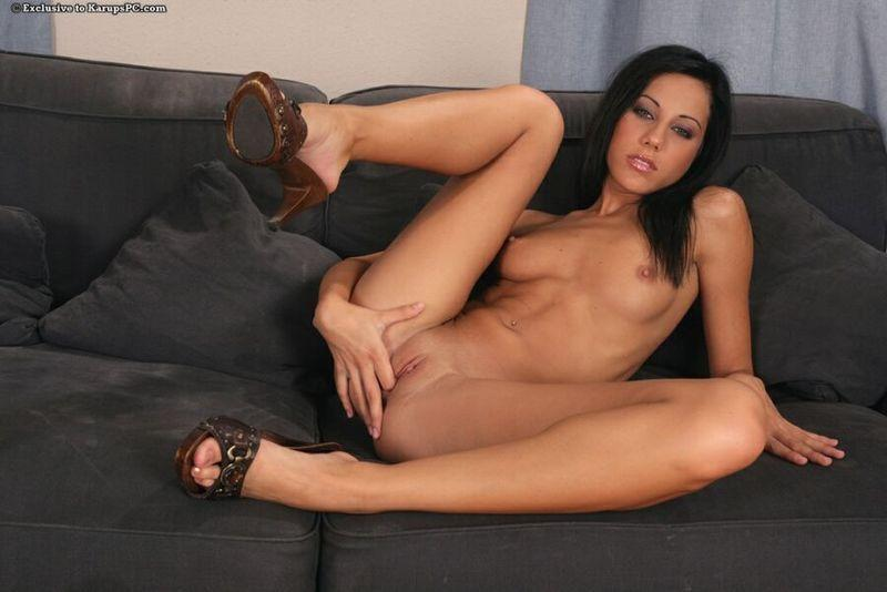 Fingering on the couch - Anita Pearl - 13