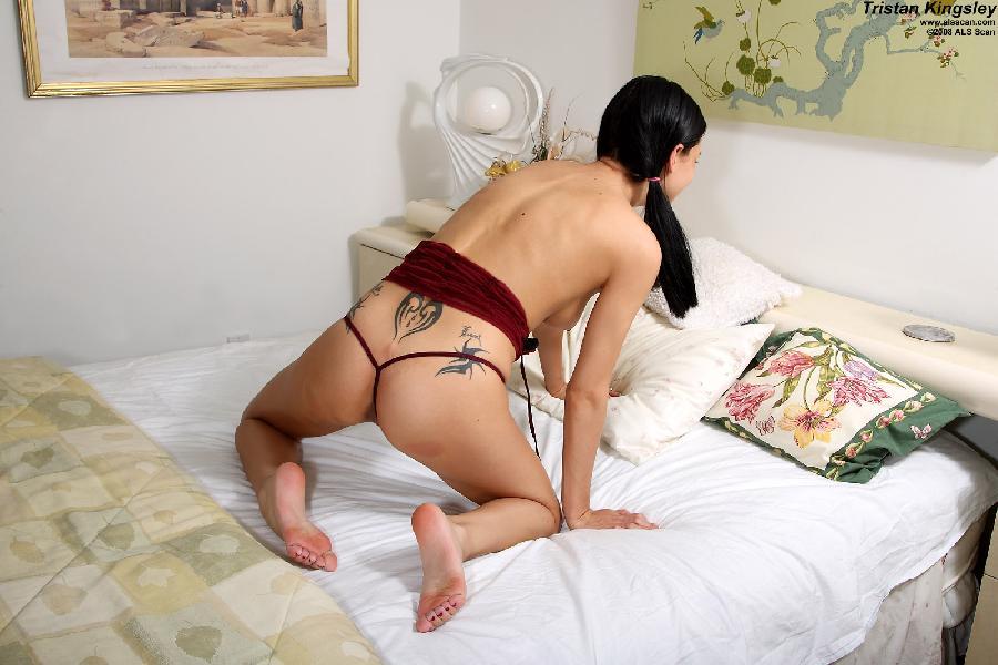 Pretty brunette with deep pussy - Tristan Kingsley - 2