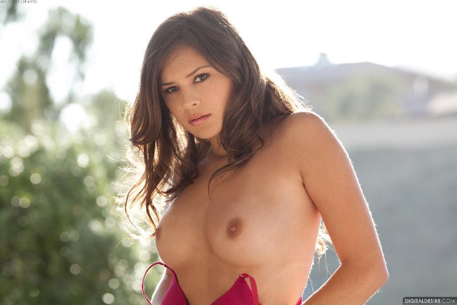 Sensual Nina James shows her tight pussy - 4