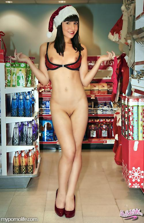 Christmas with beautiful girls - 9