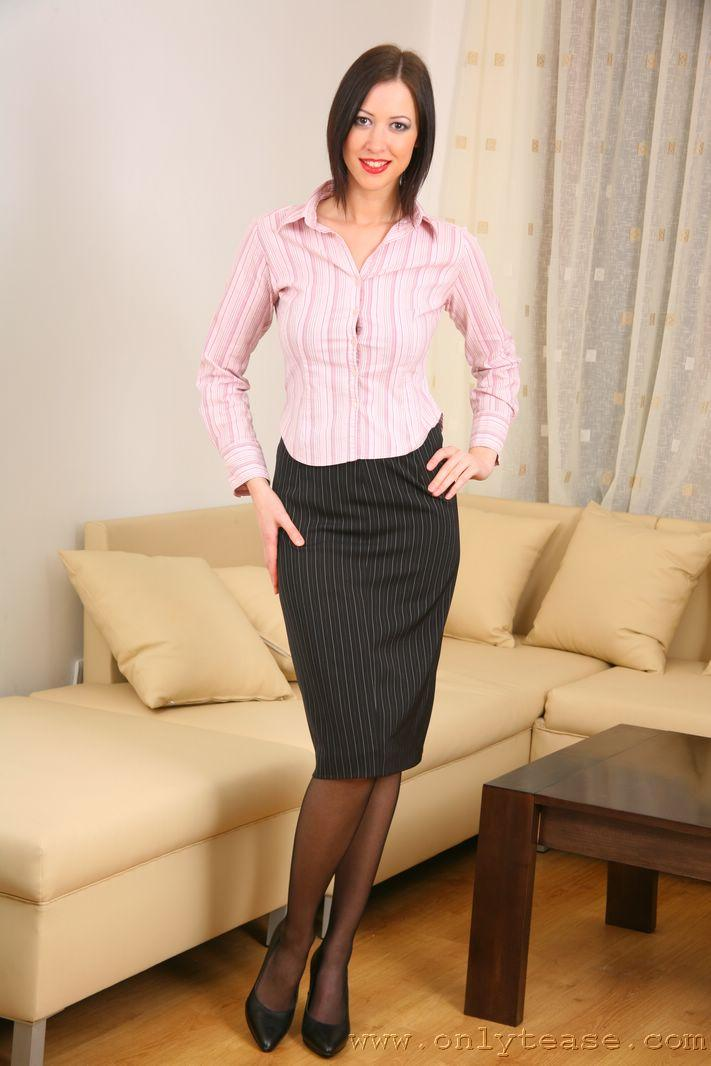 Sexy secretary does sexy striptease for boss - Carole
