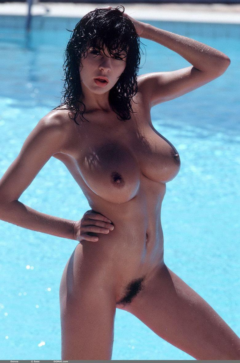 Naked brunette with great body and big boobs - 14