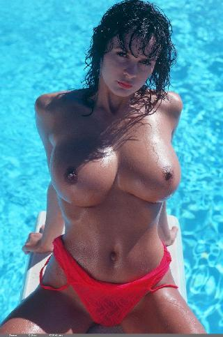 Naked brunette with great body and big boobs