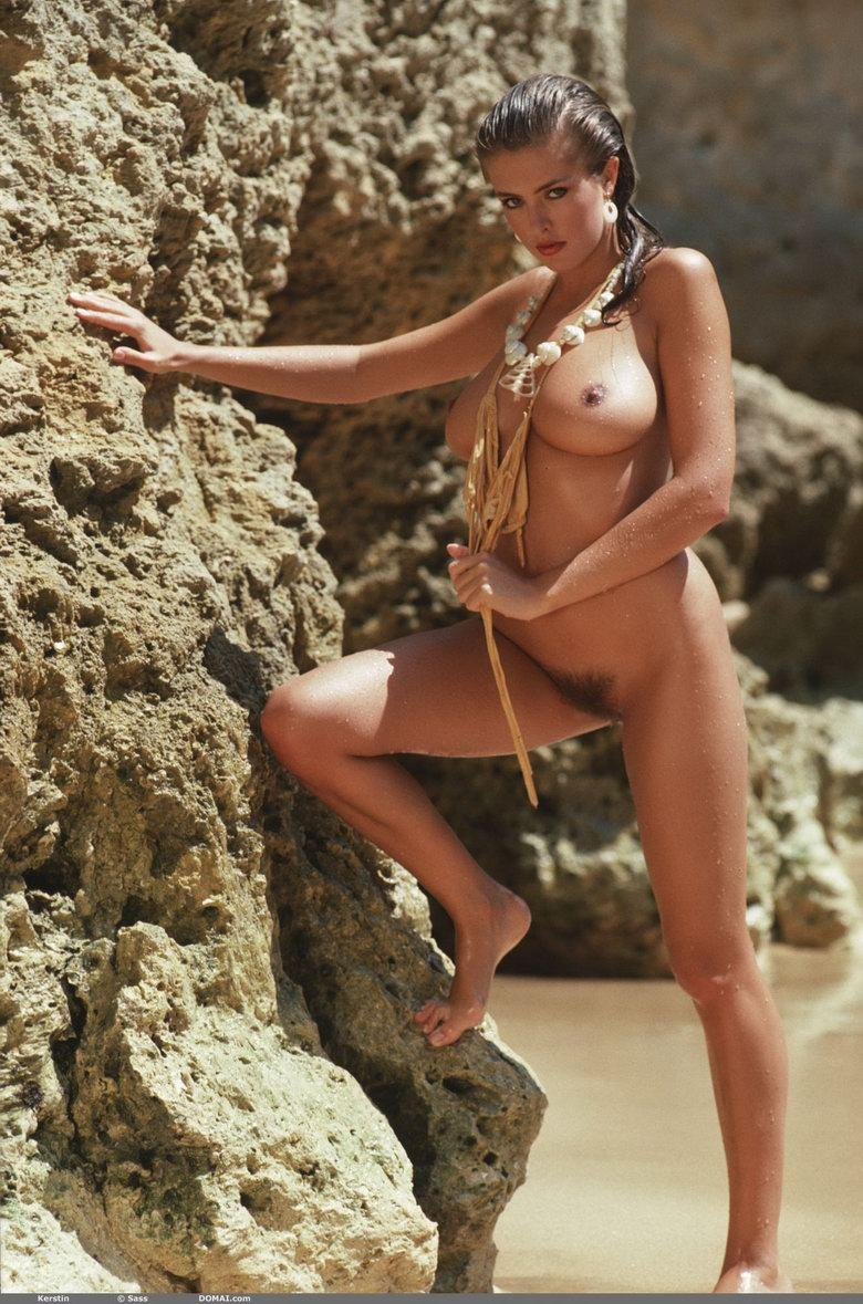 Extremely sexy woman with hot natural body - Kerstin - 8