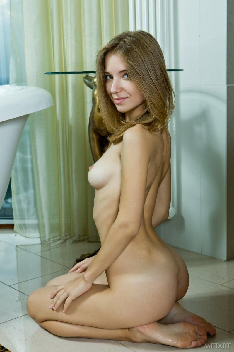 Beautiful young girl in bathroom - Yani A  - 8
