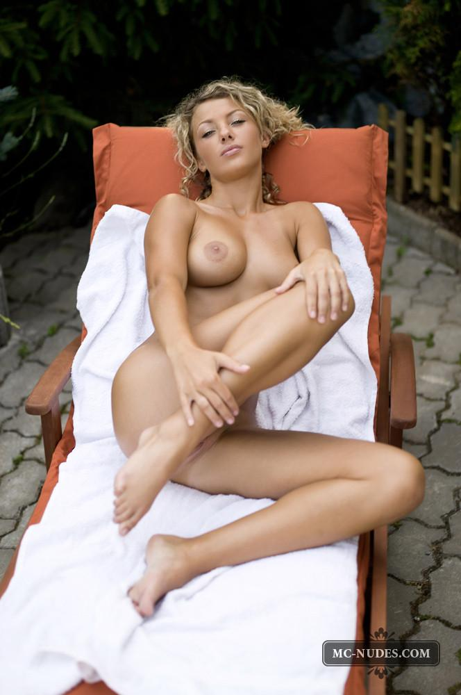 Naked seductress is tempting on backyard - Tea - 15