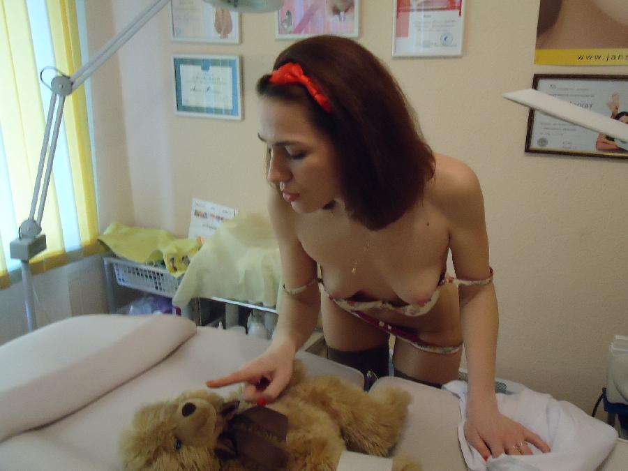 Young doctor with sexy ass - Lena - 5