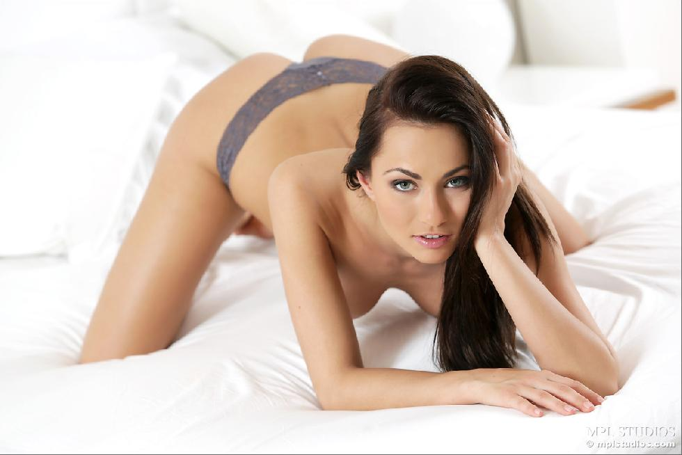 Fantastic chick alone on bed - Michaela Isizzu - 4