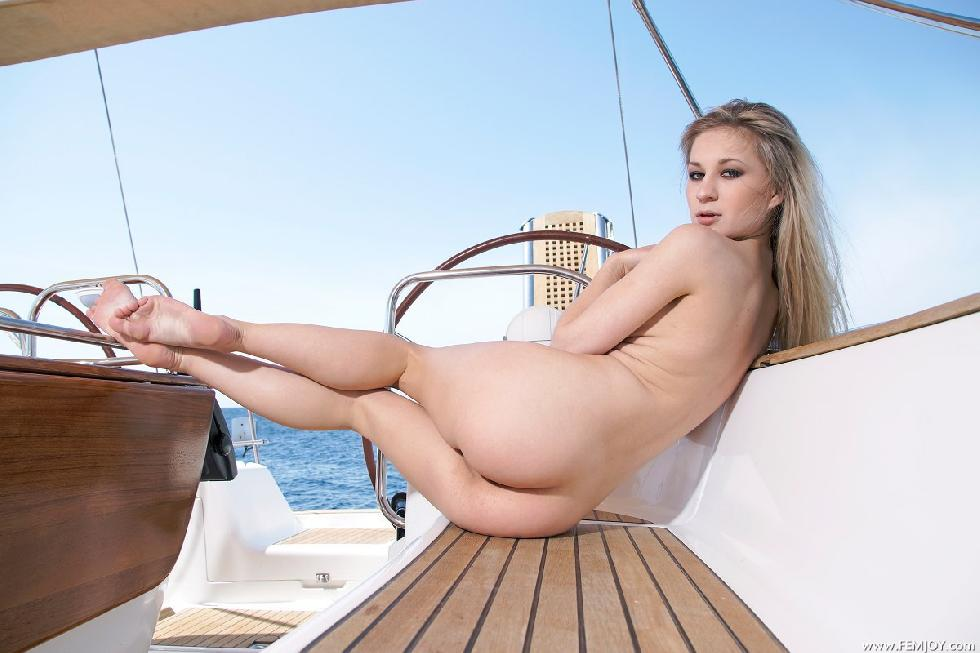 Boats on nude blondes