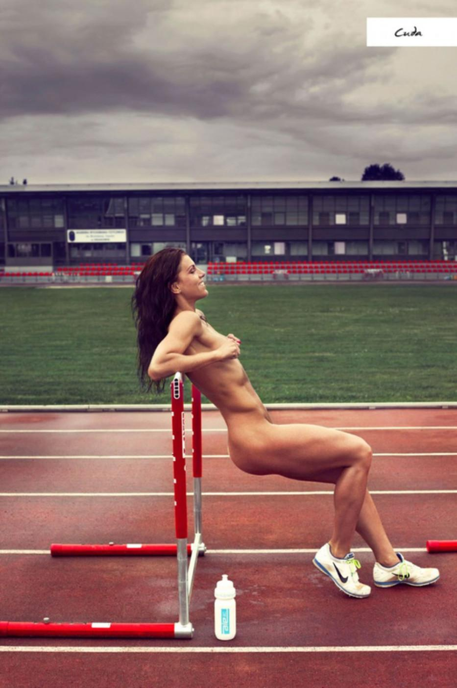 Charitable 2015 Calendar with naked Polish Sports Women  - 2