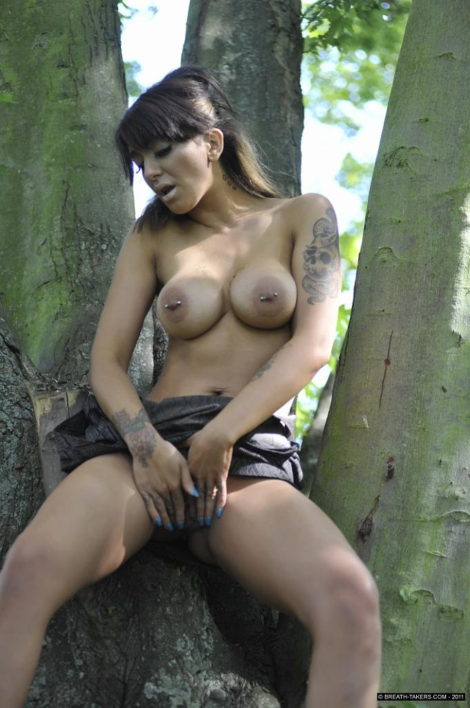 Mai Bailey is touching her pussy in public park - 11