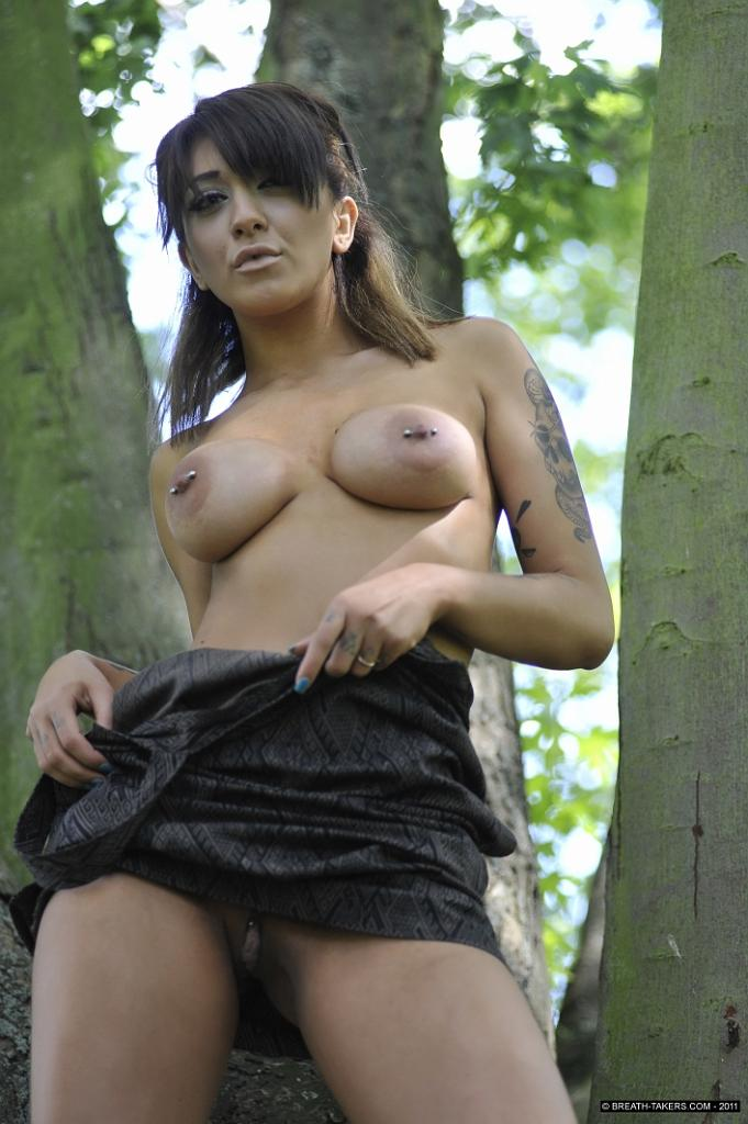 Mai Bailey is touching her pussy in public park - 6