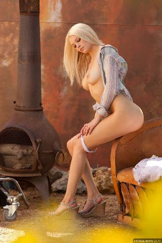 Fabulous Bree Daniels is posing outdoor. Part 2