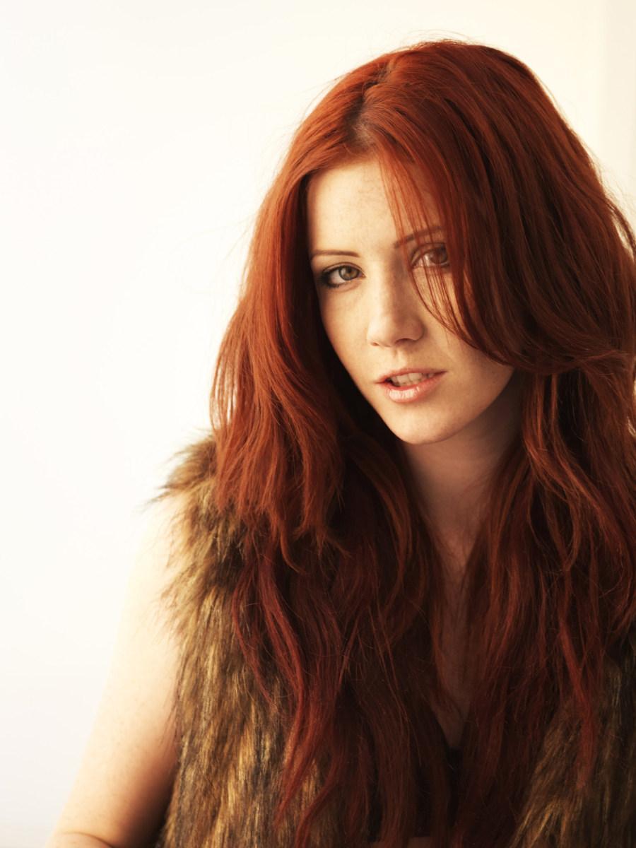 Stunning redhead in fur waistcoat - Elle Alexandra - 1
