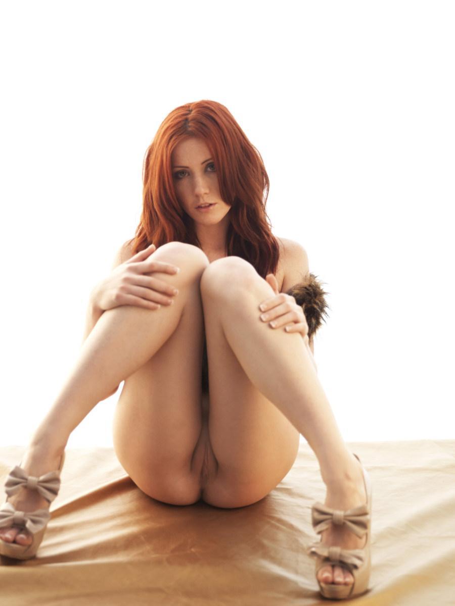 Stunning redhead in fur waistcoat - Elle Alexandra - 11