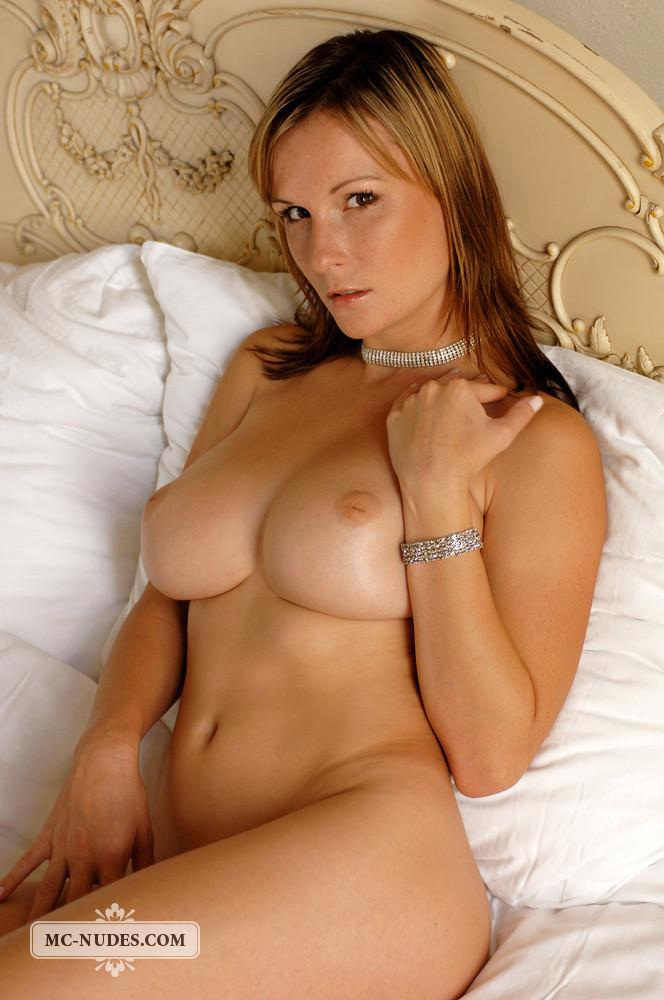 Sensual blonde is once again exposing  her fantastic breasts - Miriam - 2