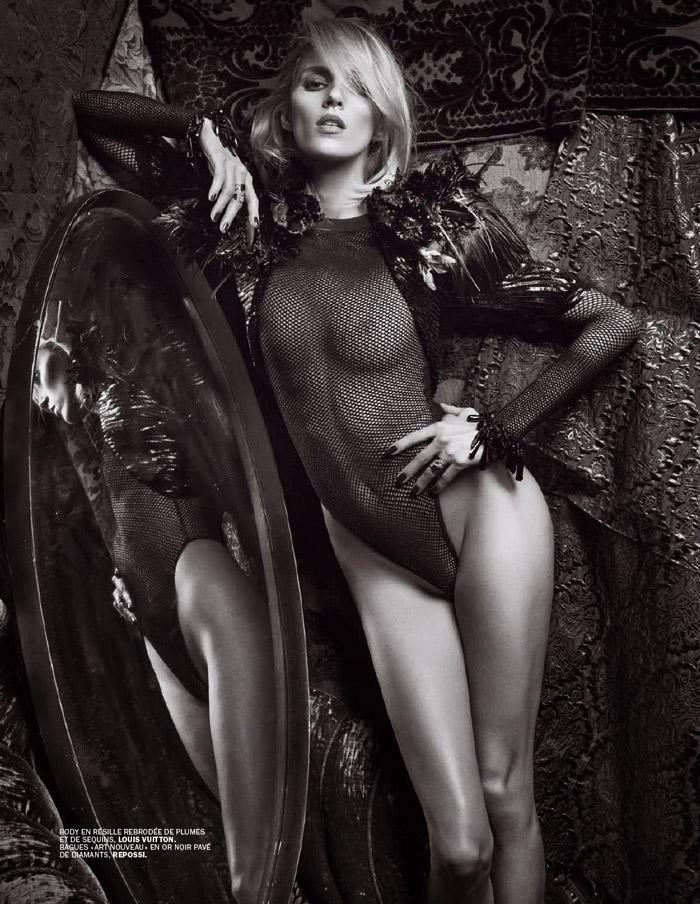 Anja Rubik in black and white photoshot - 1
