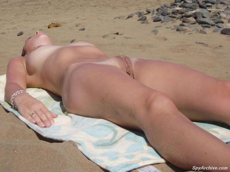 Naked girls on the beach. Part 1 - 3