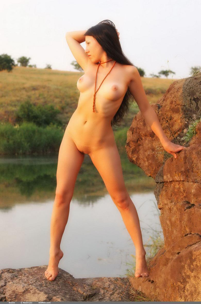 Pretty Asian is posing naked outdoor - Svelin - 12