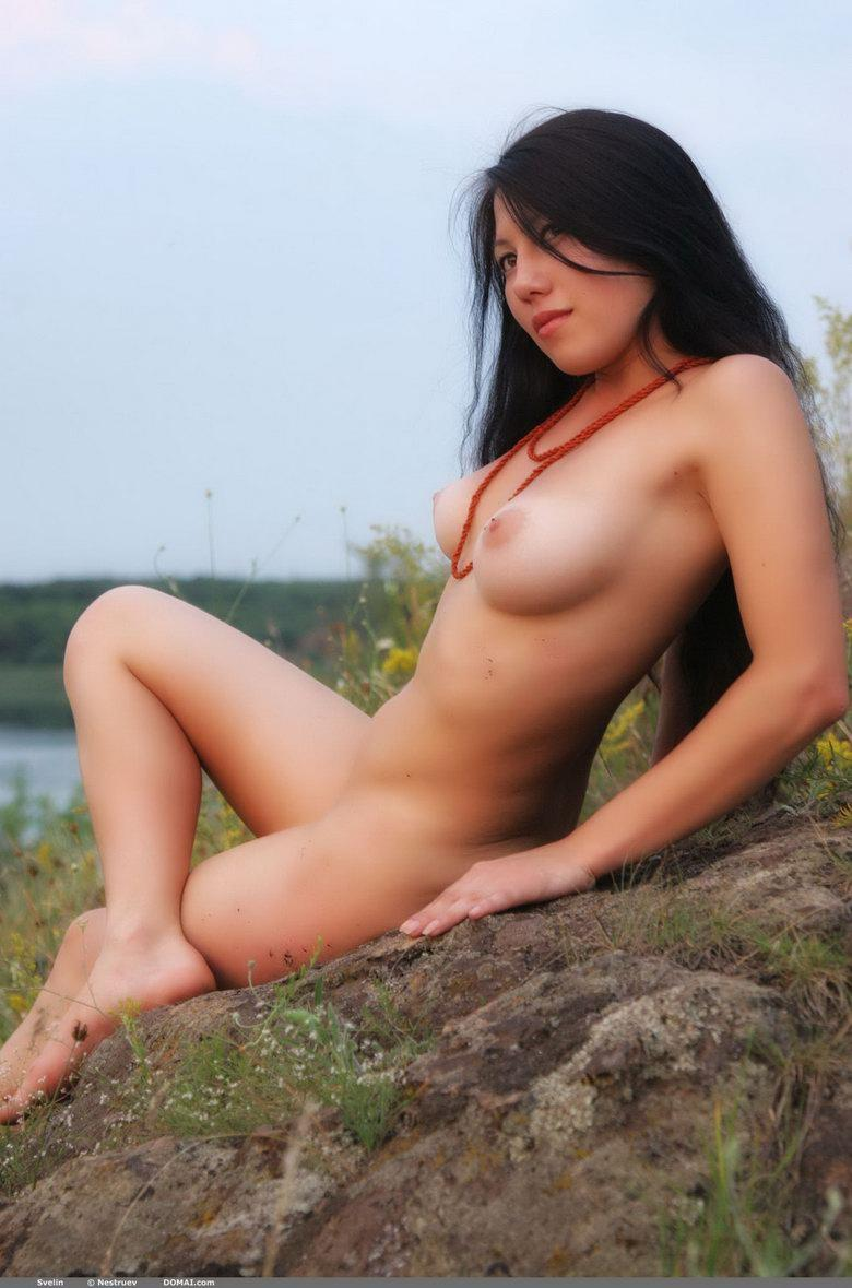Pretty Asian is posing naked outdoor - Svelin - 27