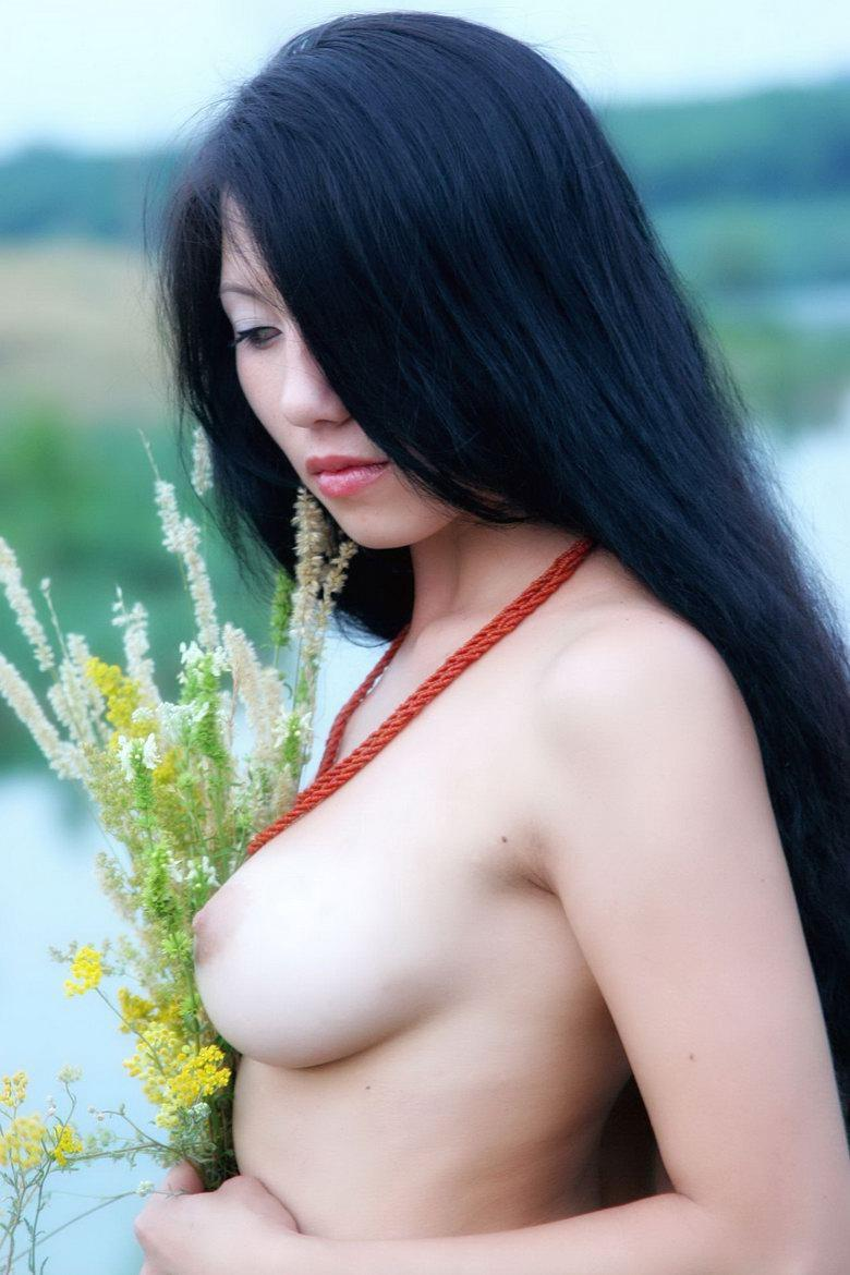 Pretty Asian is posing naked outdoor - Svelin - 30