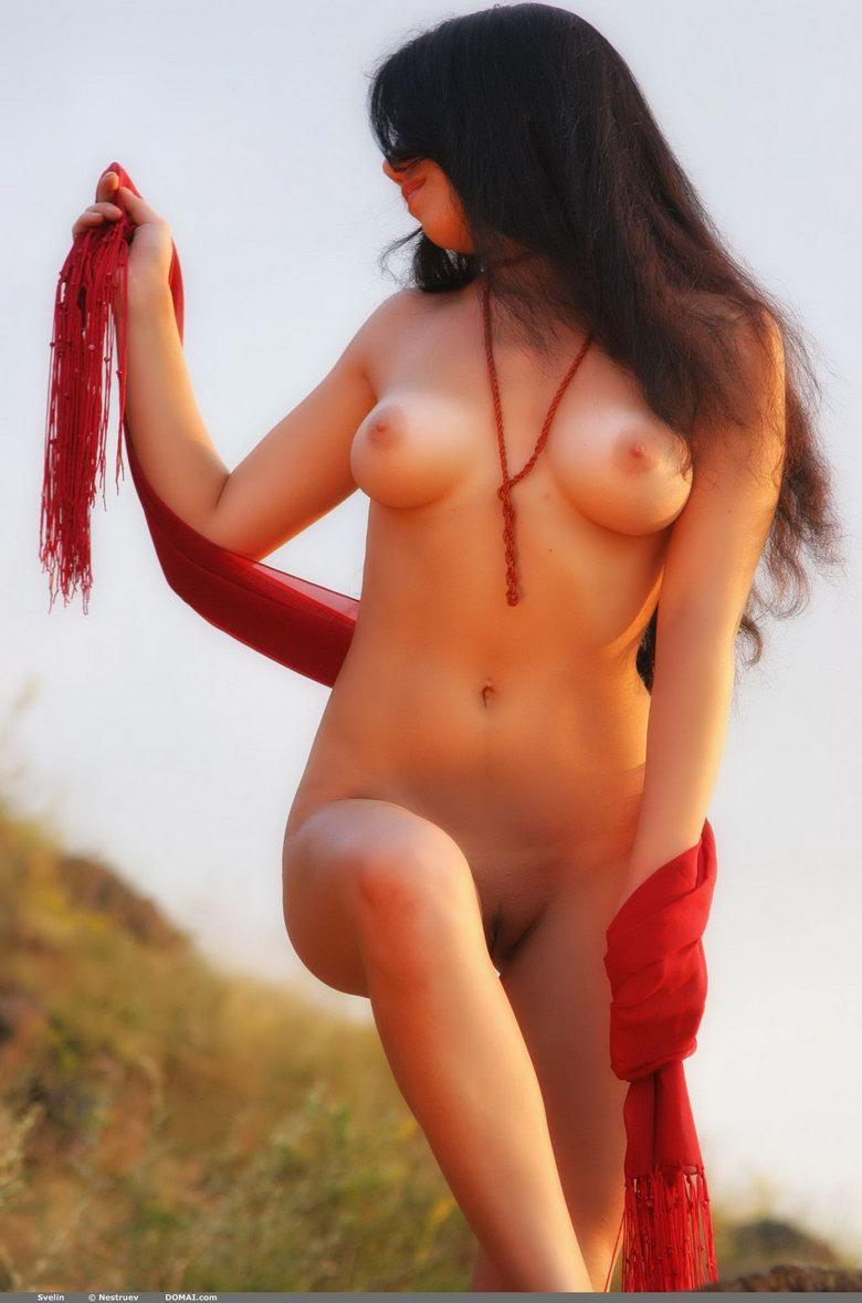 Pretty Asian is posing naked outdoor - Svelin - 7