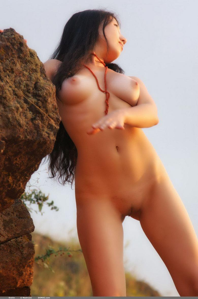 Pretty Asian is posing naked outdoor - Svelin - 8