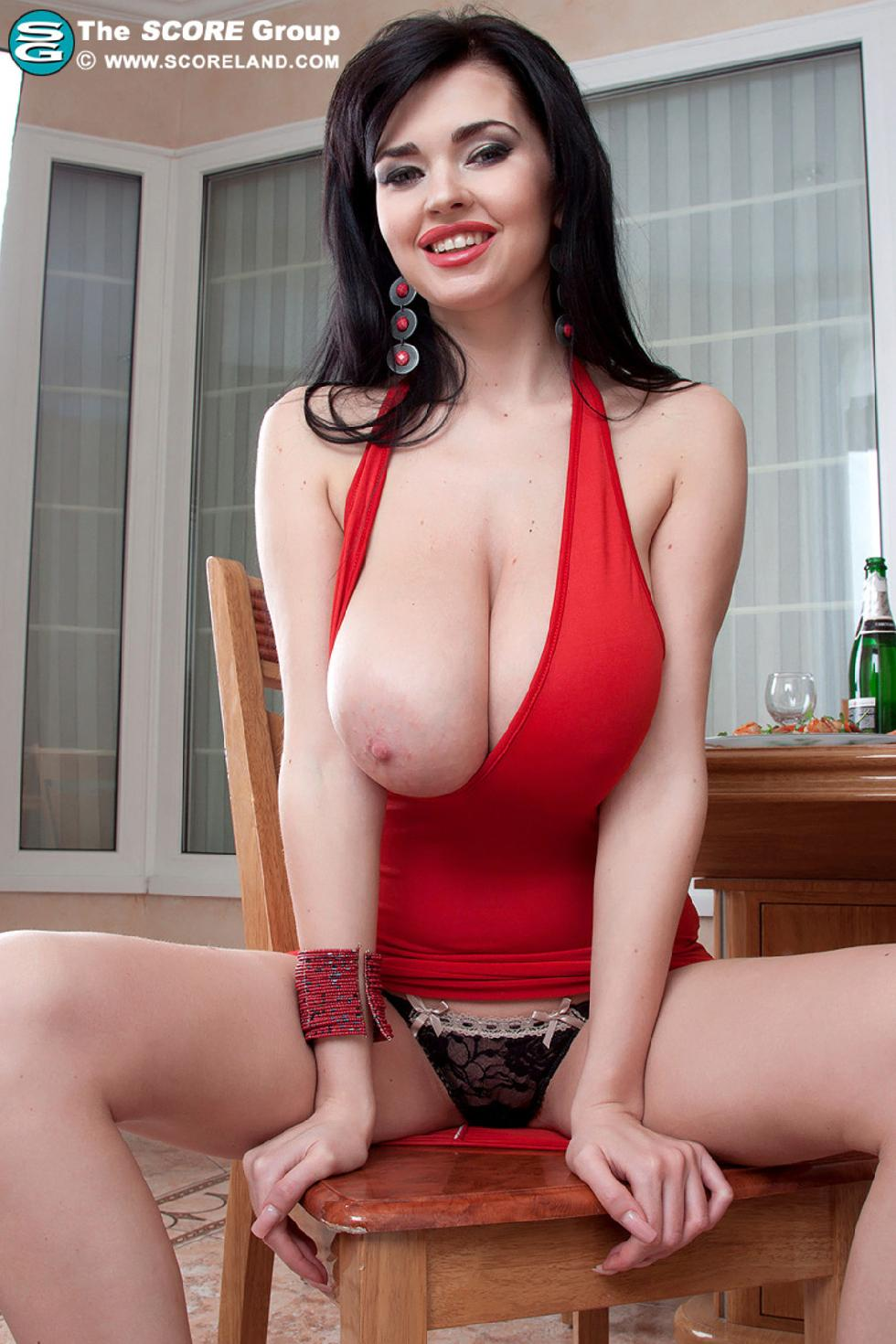 Busty brunette with tasty red lips - Sha Rizel - 3