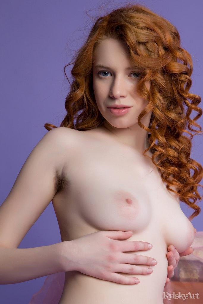 Gorgeous red haired model shows young body - Gillian - 1