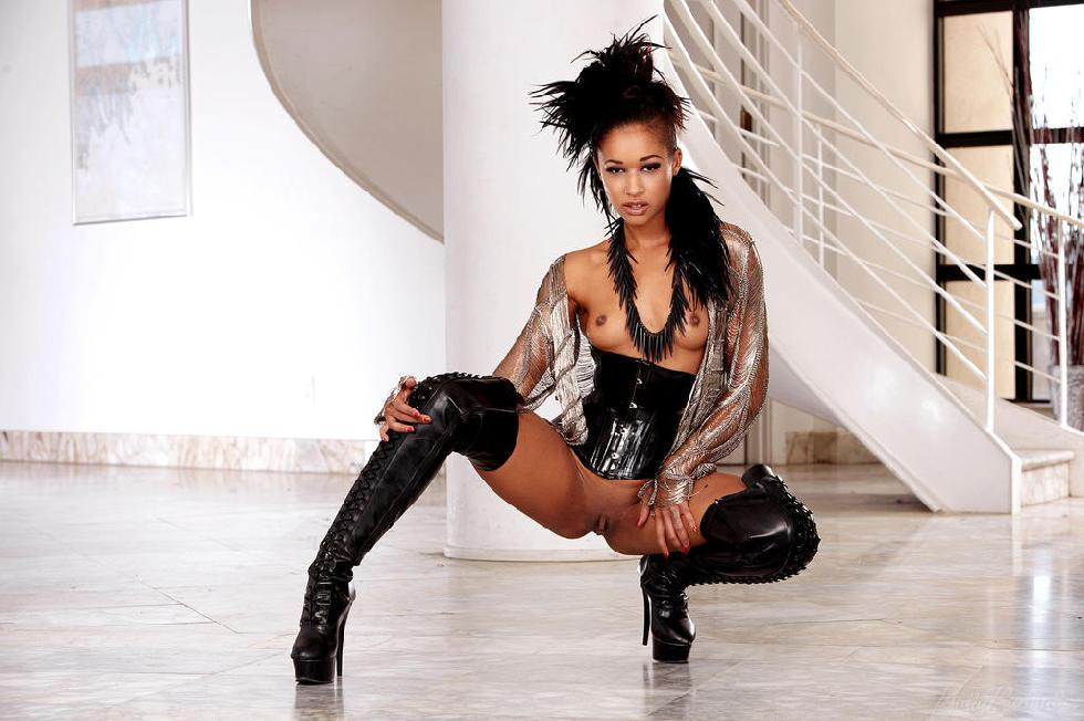Amazing ebony named Skin Diamond - 6