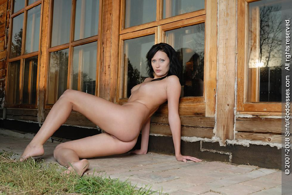 Naked brunette is posing in front of house - Vivian - 6