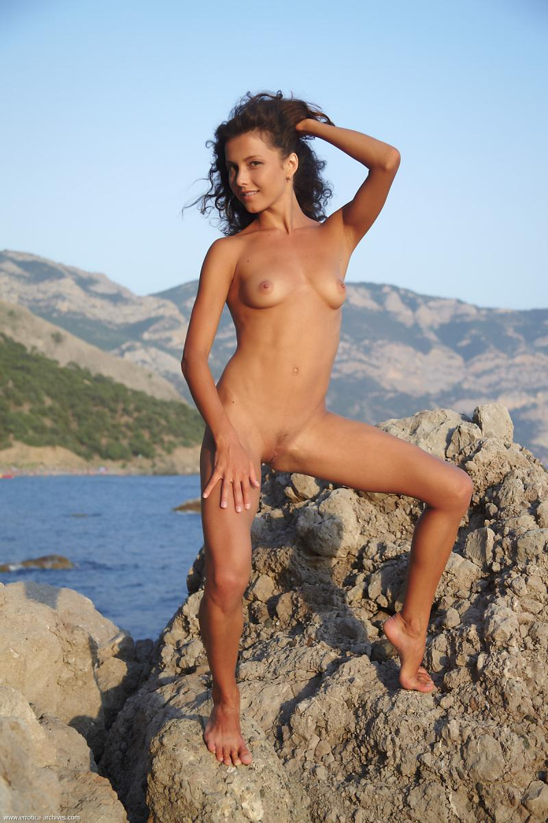 Naked girl pitures