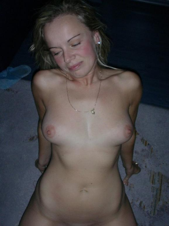 A wife who likes to kneel - 8