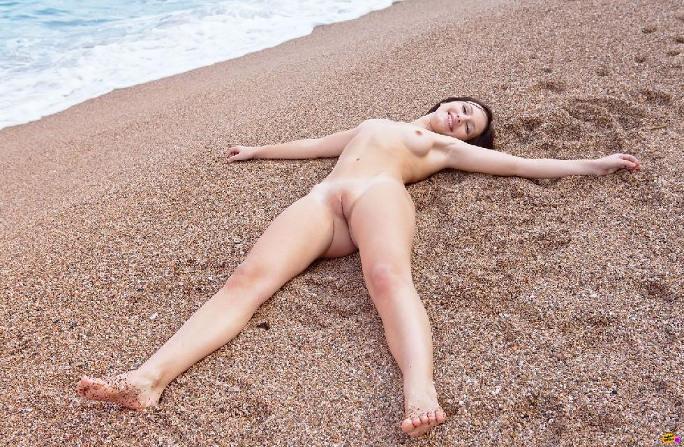 Naked girls on the beach. Part 2 - 6