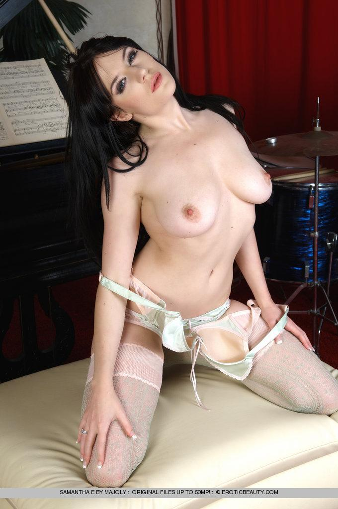 Piano lesson with Samantha Bentley - 4