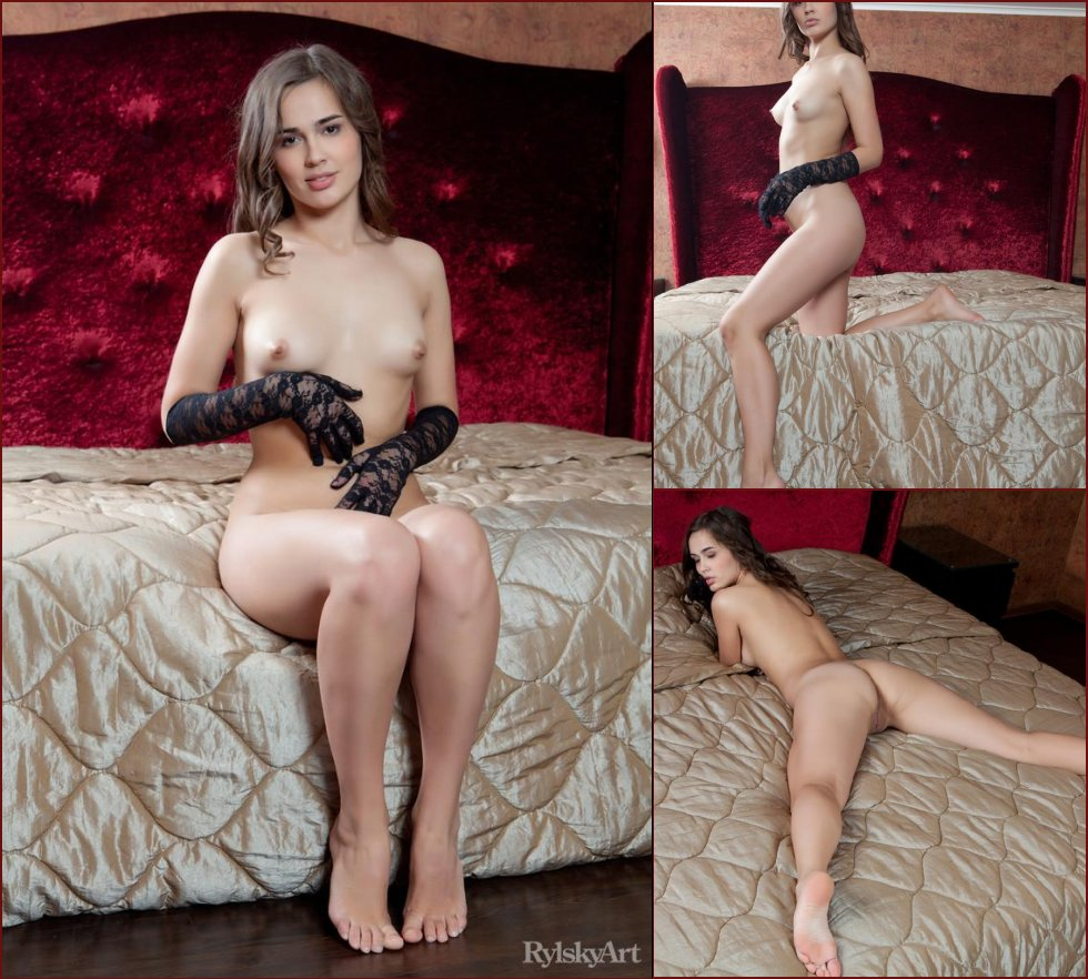Naked girl in sexy black gloves - Trista - 5