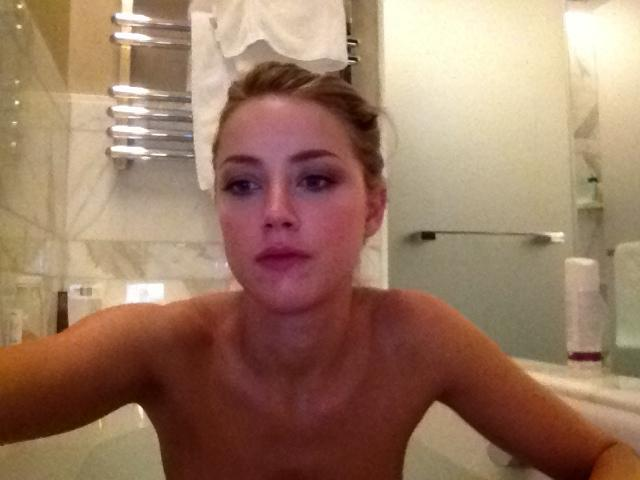 Naked Amber Heard is taking a bath - 6