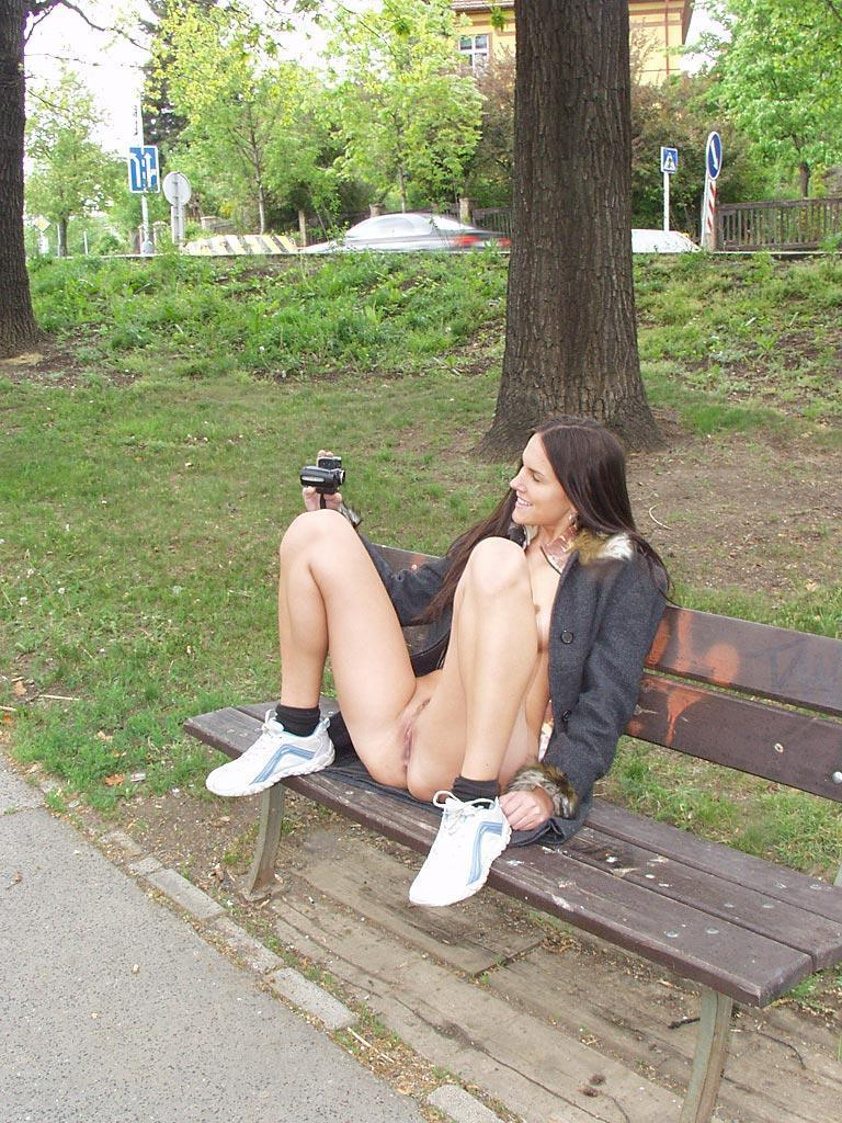 Amateur is showing her pussy public - Zuzanna. Part 2 - 6