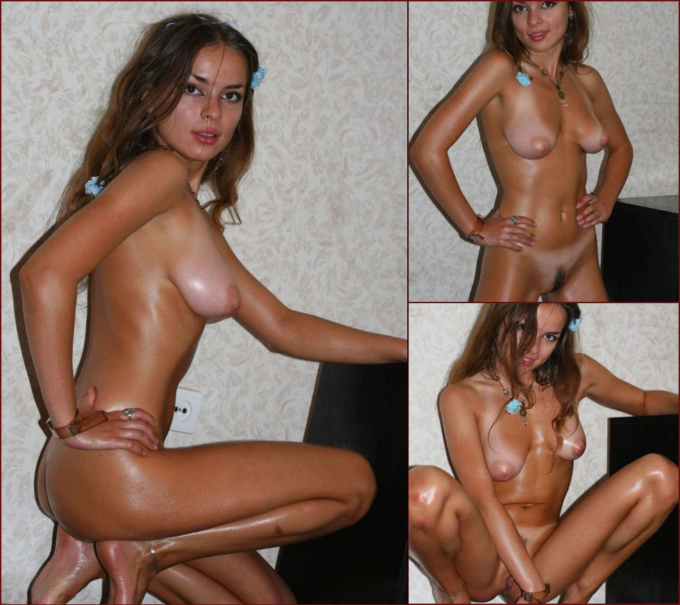 Naked amateur shows her tanned body - 27
