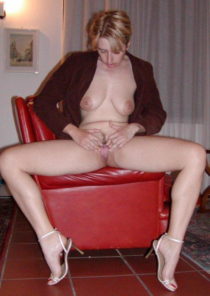 Busty wife shows double penetration - 4